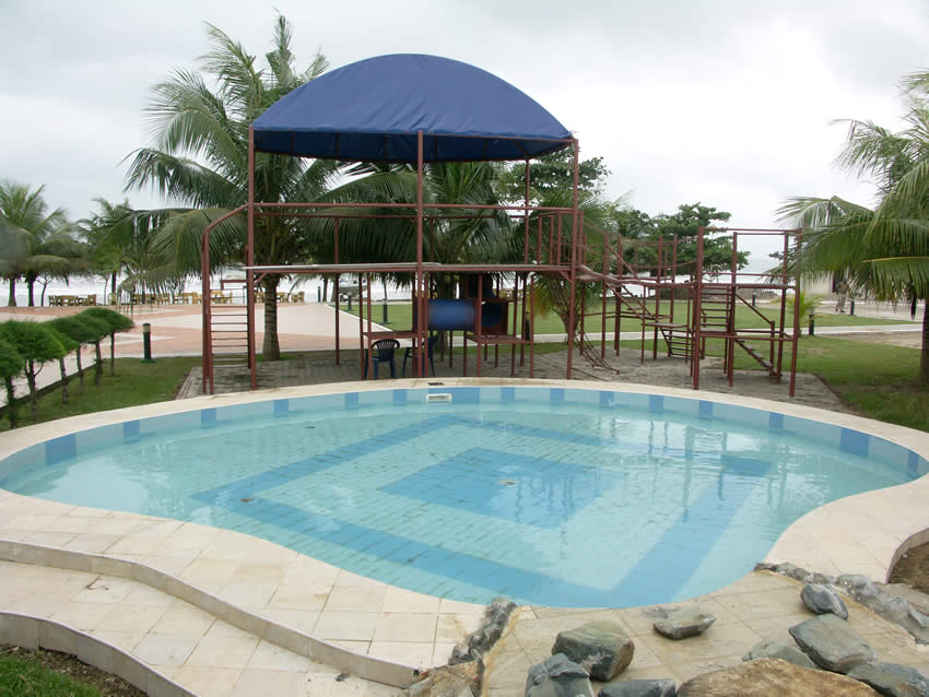 Busua Childrens sPool