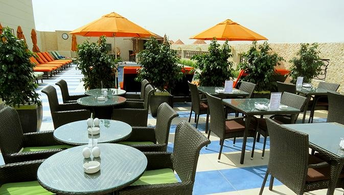 Cosmopolitan hotel dubai 4 star boutique hotel in al for 4 star boutique hotel