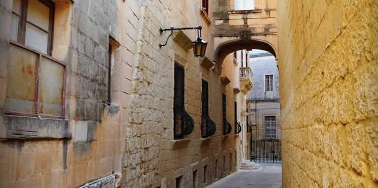 <h3>Mdina Narrow Streets</h3>