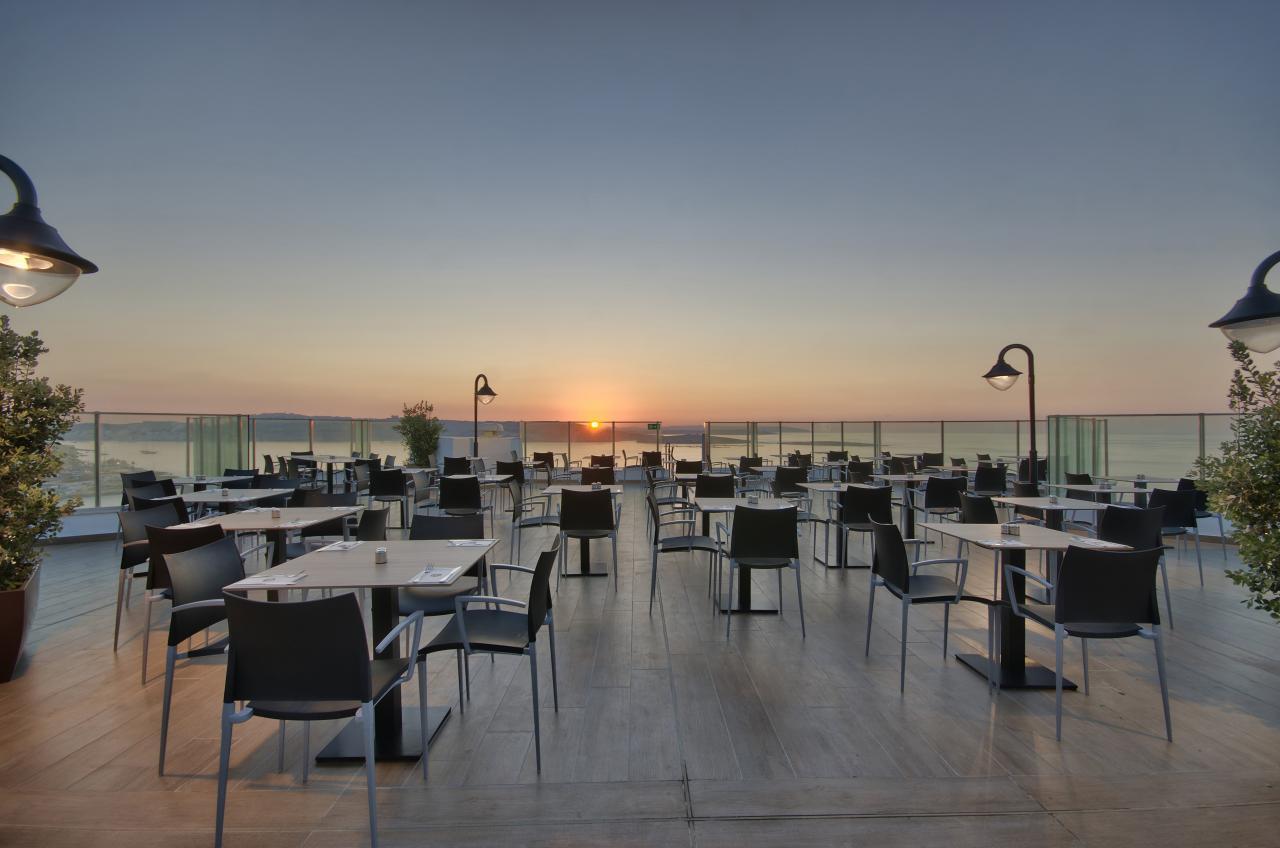 Q-Zins Restaurant