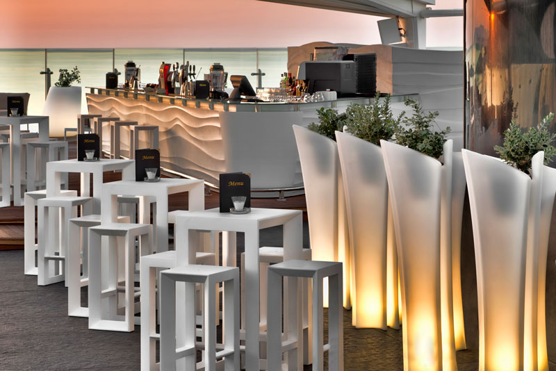 Taza SKY Bar & Restaurant