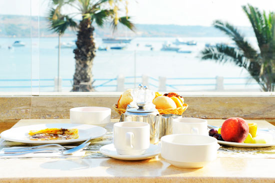 Coral Breakfast Terrace