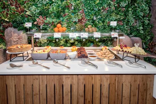 The Jungle Restaurant Buffet