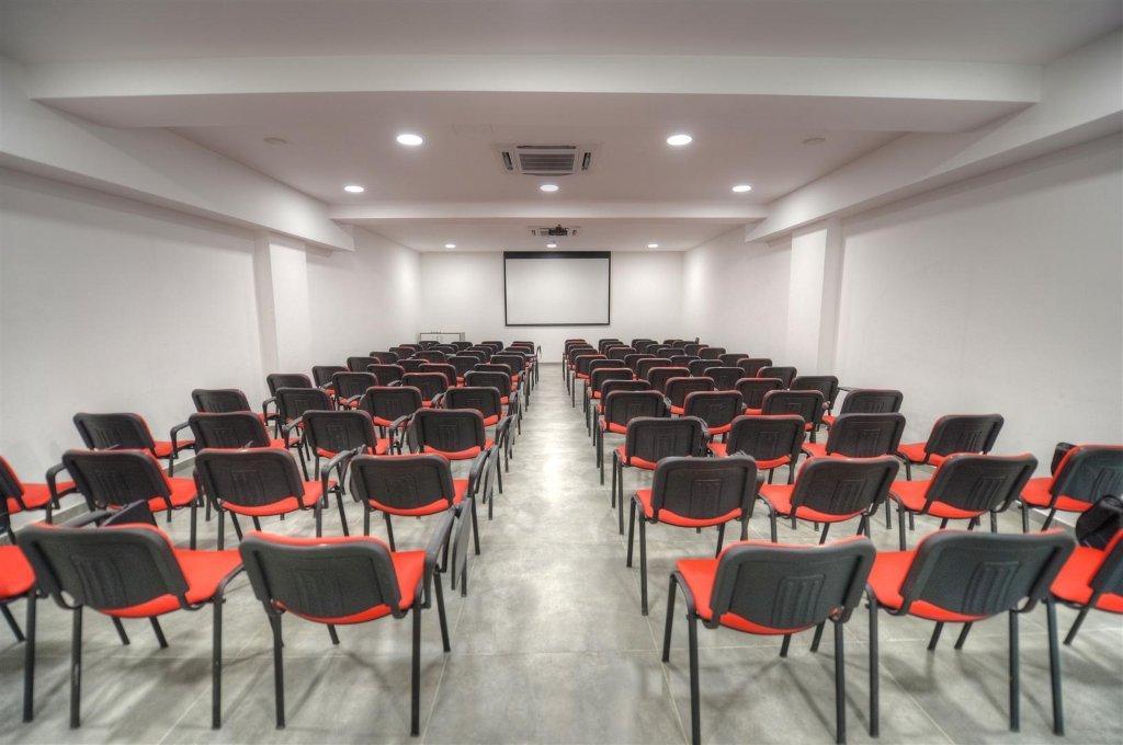 IELS - IELS - одна из ведущих английских школ на Мальте