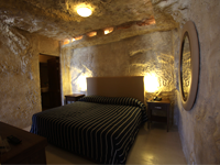 Caverna Room - Bedroom